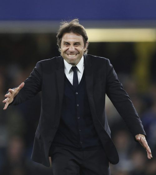 Antonio Conte kann heute mit Chelsea FC Meister werden.  ap