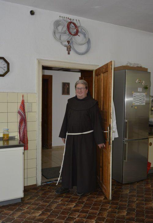 Auf der Wunschliste der Dornbirner Patres: eine neue Küche ohne Kabelsalat über der Tür. FotoS: EH