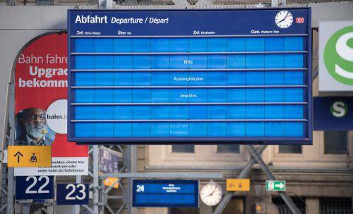Bei der Deutschen Bahn fielen durch den Hackerangriff zahlreiche Anzeigetafeln aus. Die Züge fuhren jedoch normal.  Foto: dpa