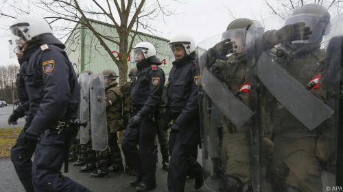 Das Bundesheer im sicherheitspolizeilichen Einsatz an der Grenze in Burgenland. Foto: APA