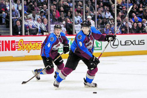 Das Team Kanada zählt bei der Eishockey-WM auf lauter NHL-Stars, im Bild die beiden Colorado-Cracks Tyson Barrie und Matt Duchene. Foto: ap