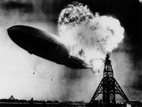 Der 100 Tonnen schwere, zu seiner Zeit größte Zeppelin der Welt brannte völlig aus. Foto: Archiv