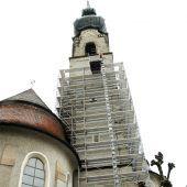 81-Meter-Kirchturm in Höchst wird saniert