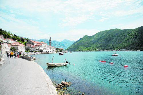 Der kleine Ort Perast befindet sich in der Bucht von Kotor.