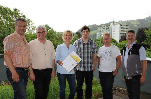 Die Beschäftigten der Dornbirner Stadtverwaltung freuen sich über die Ökoprofit-Auszeichnung. Foto: Stadt