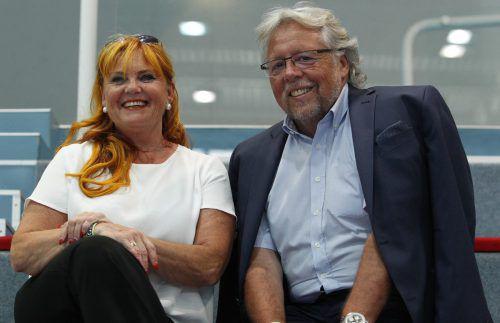 Die Eltern von Thomas Hurich, Margit und Reinhard, bis 2011 HLA- und EHF-Schiedsrichter, sind Stammgäste bei den Harder Heimspielen.