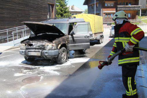 Die Feuerwehr Alberschwende konnte die Flammen schließlich endgültig eindämmen. Foto: vol.at/Rauch