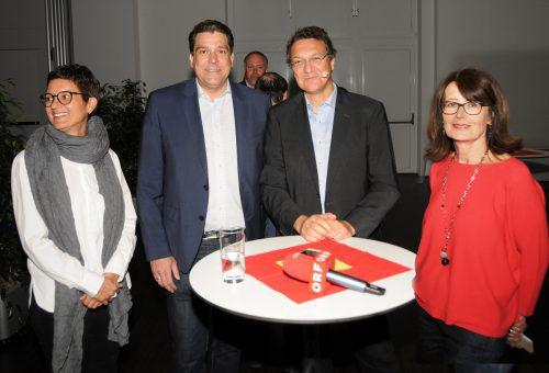 Die Harder Integrationsbeauftragte Leila Götze mit Bgm. Harald Köhlmeier, Karim El-Gawhary und Vizebgm. Eva Mair.  Foto: ajk