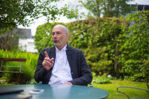 """""""Die heutigen Politiker haben die vor 45 Jahren eingeleitete Fehlentwicklung nicht zu verantworten"""": Gnaiger im VN-Interview. VN/Paulitsch"""