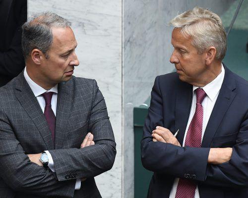 Die Klubobleute Andreas Schieder (l., SPÖ) und Reinhold Lopatka (ÖVP) verständigten sich auf vier Gesetzesvorschläge. APA