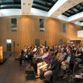 """<p class=""""caption"""">Die Veranstaltungsreihe """"Innovationnight"""" ging bereits zum 43. Mal vor vollem Haus über die Bühne. Fotos: Stiplovsek</p>"""