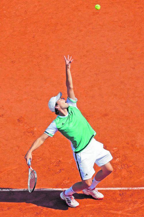 Dominic Thiem gewann gegen Simone Bolelli glatt in drei Sätzen, auch wenn die Aufschlagleistung nicht das Gelbe vom Ei war. Foto: apa