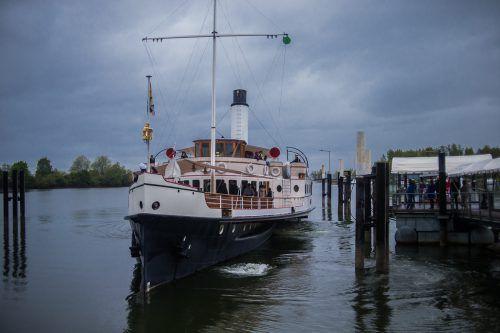 Die Hohentwiel dampft seit Mai 1990 wieder über den Bodensee.