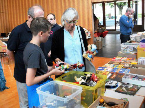 Eine echte Schatztruhe für alle Sammler alltäglicher Raritäten ist die Sammlerbörse am 6. Mai in Höchst.  Foto: ajk