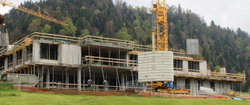 Erweiterung des Abt-Pfanner-Hauses macht Fortschritte.  stp