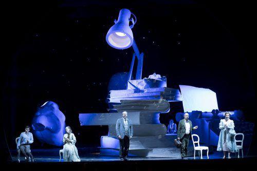Es Devlin hat die neue Henze-Opernproduktion im Theater an der Wien ausgestattet. Foto: Theater/Kmetitsch