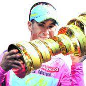 Nibali fährt um Heimsieg