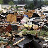 Tornado zieht Spur der Verwüstung