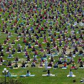 Gemeinsam entspannen beim Yoga
