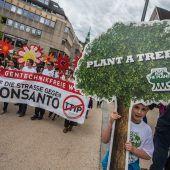 Marschieren gegen Monsanto