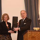 Auszeichnung für KHM-Chefin Sabine Haag