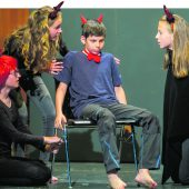 Viel Applaus für kleine Bühnenstars beim Schultheaterfestival