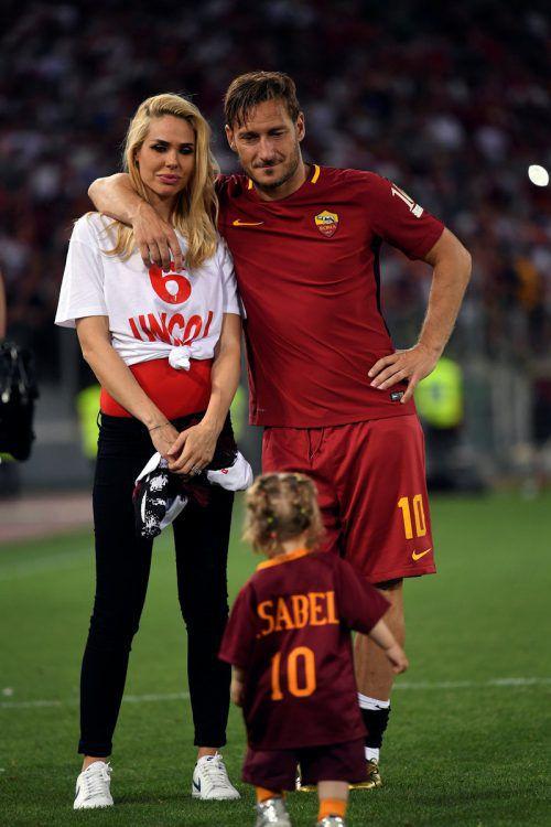 Francesco Totti mit seiner Ehefrau Ilary Blasi.Foto: reuters