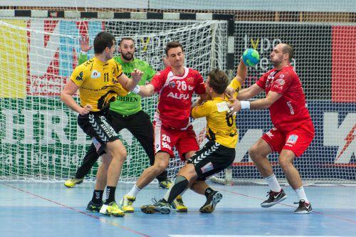 Fünf Finalduelle zwischen Bregenz und Hard wären der Wunsch von Vorarlbergs Handballfans.  Foto: VN/DS