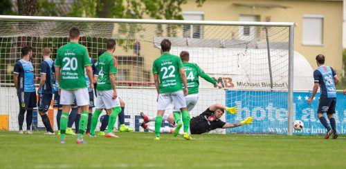 Hard-Goalie Dominik Lampert musste zwar nur einen Gegentreffer hinnehmen, doch zu Punkten reichte es trotzdem nicht. Foto: vn/Stiplovsek