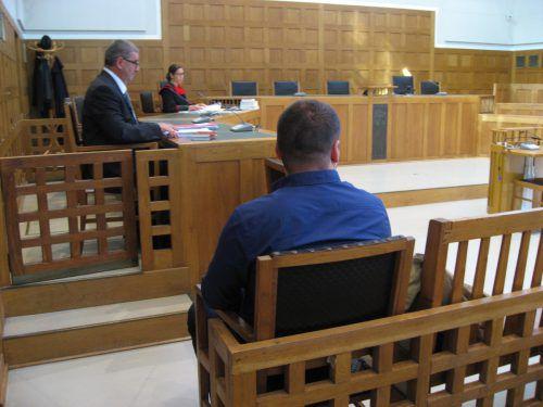 Im Verfahren beschönigte der 24-jährige Angeklagte sämtliche Vorwürfe. Foto: Eckert