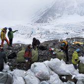 Aufräumaktion auf dem Everest