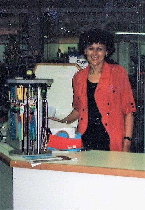 Juliane Stemer arbeitete 21 Jahre lang gerne im Sportgeschäft. Heute hat sie sich mit dem Pensionsalltag arrangiert. Foto: privat, vn/kum