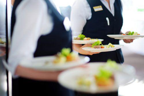 Kellner und Köche sind in den heimischen Tourismusbetrieben als Fachkräfte stark nachgefragt.