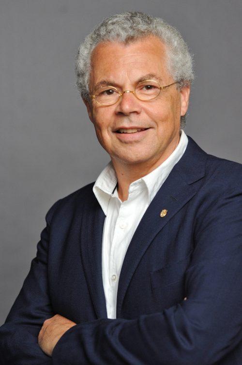 Land Vorarlberg würdigt Wissenschaftler Reinhard Fässler.