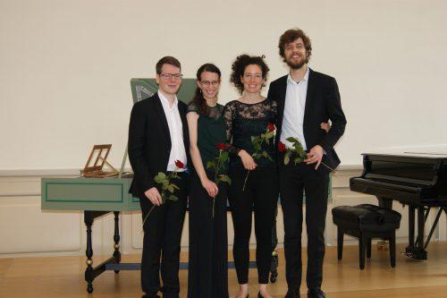 Lukas und Eva-Maria Hamberger mit Kollegen. Foto: Hamberger