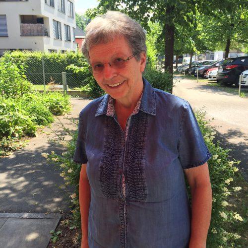 Martha Greußing ist auch im Ruhestand aktiv. Unter anderem arbeitet die Frohbotin ehrenamtlich für das Sozialzentrum Mariahilf.  Foto: VN