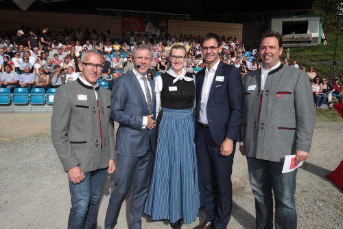 Martin Netzer, Christoph Engl, Martina Zudrell sowie Markus Wallner und Manuel Bitschnau (v.l.). Fotos: vlk/Montafon Tourismus