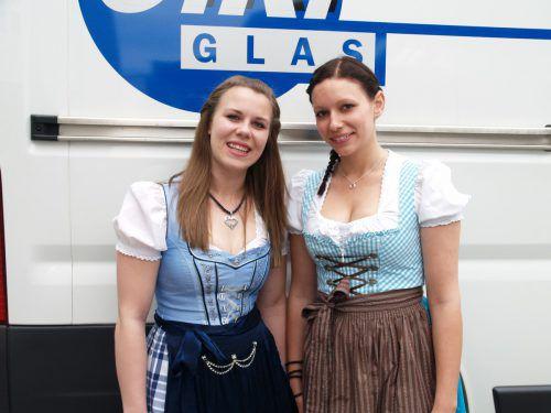 Mitarbeiterinnen Angelina Pichler und Lisa Felder.