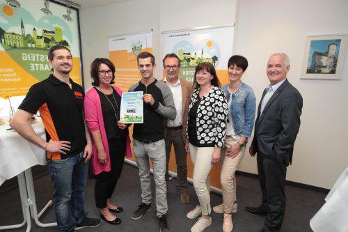 Philipp Puchmayr, Angelika Fertschnig, Gewinner René Baldauf, WiRe-Obmann Walter Eberle, Carmen Hagen, Sandra Mager und Markus Rusch.