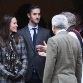 Pippa feiert eine fast königliche Hochzeit