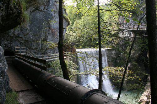 Rappenloch-Wanderweg wegen Leitungsbau drei Monate gesperrt.  Foto: ha