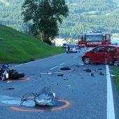 Sechs Verletzte bei  Unfall mit Motorrad