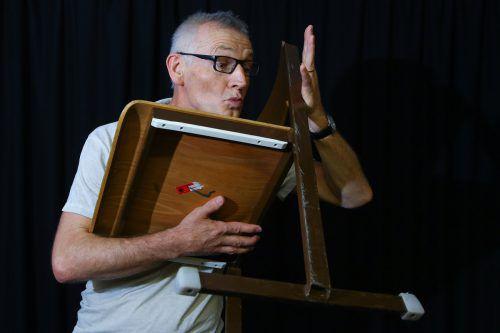 Beim Theaterworkshop von Markus Riedmann dürfen Kinder ihrer Fantasie freien Lauf lassen. Foto: Hofmeister