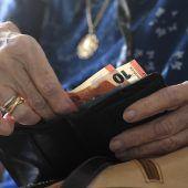 Frauen erst nach 60 in Pension