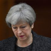 Konservative drohen May
