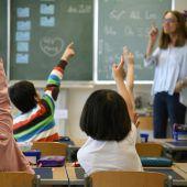 Zu viele Lehrer für Gymnasien
