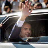 Erste Runde klar für Macron