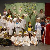 Kinder begeistern mit Theaterstück