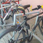 Wem gehören diese Fahrräder?