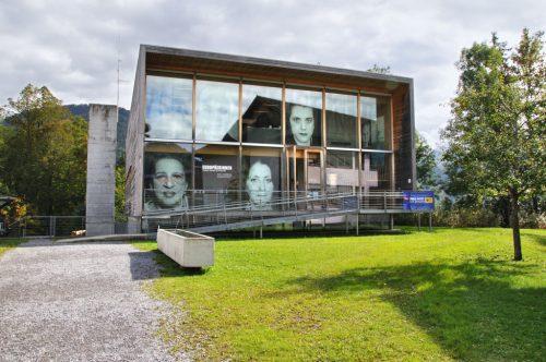 Das Frauenmuseum bereitet eine Ausstellung über die Geburtskultur vor. Museum